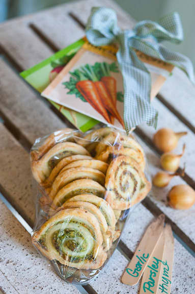 Faux Escargot Pastry Swirls in a Garden Trowel: gallery image 5