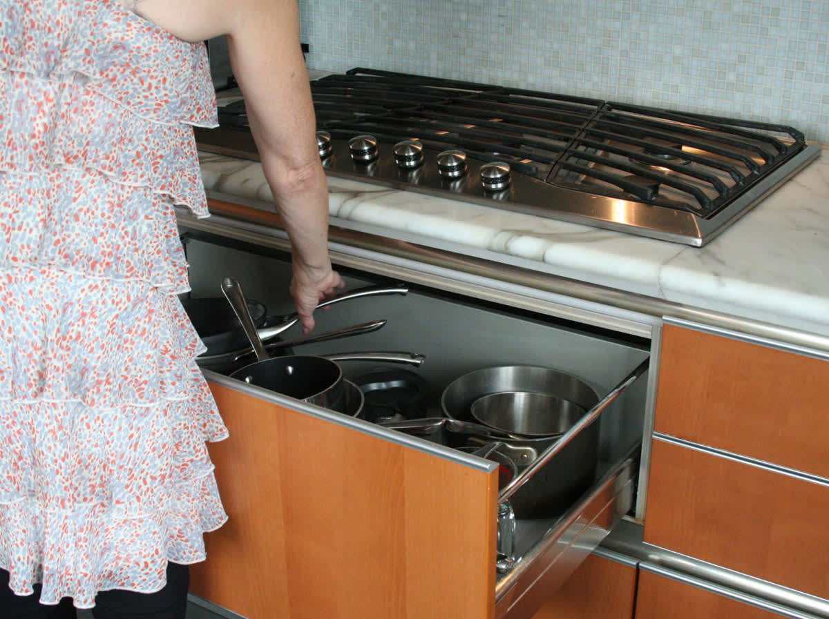 Jane's Lush Penthouse Kitchen: gallery image 19