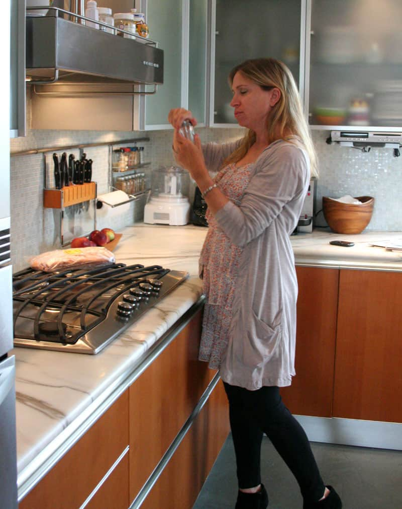 Jane's Lush Penthouse Kitchen: gallery image 13
