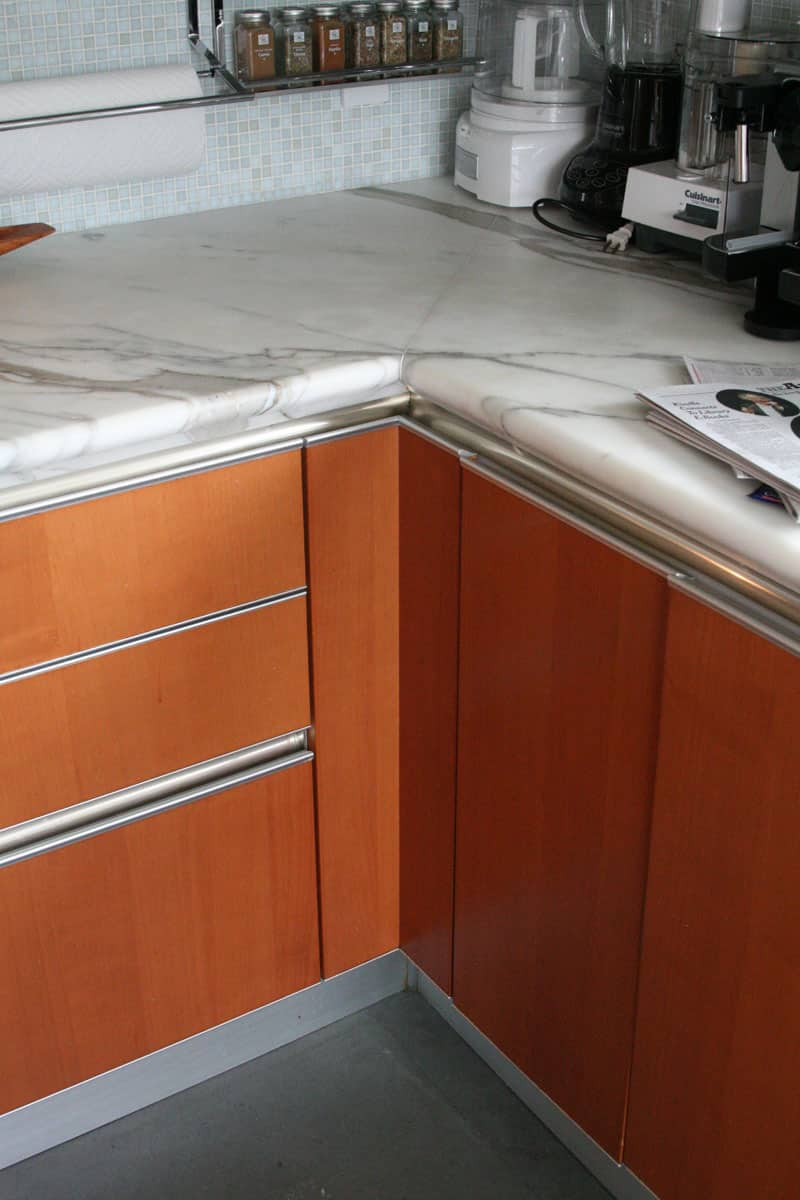 Jane's Lush Penthouse Kitchen: gallery image 21