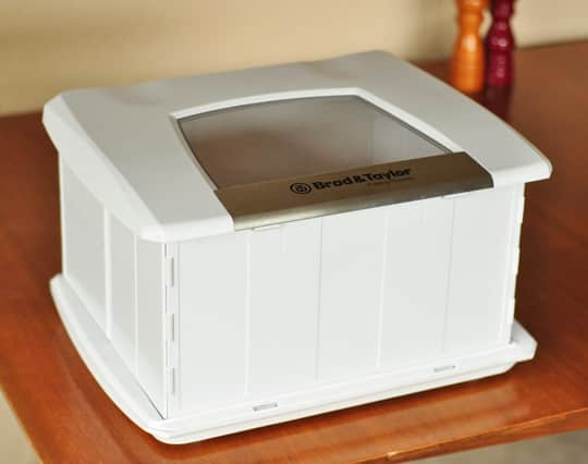 A Home Bread Proofer: The Brød & Taylor Folding Proofer Product Review: gallery image 7