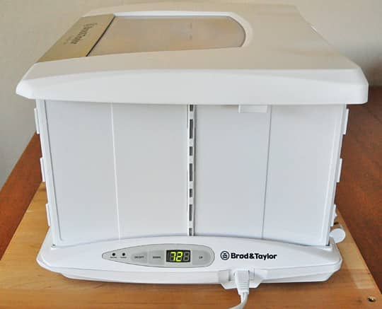A Home Bread Proofer: The Brød & Taylor Folding Proofer Product Review: gallery image 10