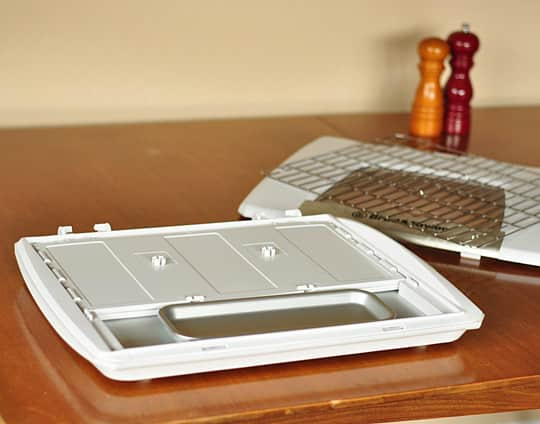 A Home Bread Proofer: The Brød & Taylor Folding Proofer Product Review: gallery image 4