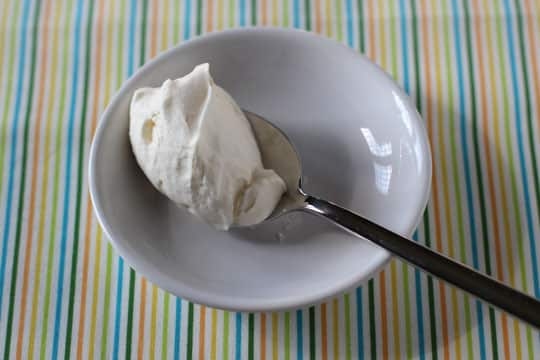 Long-Lasting Whipped Cream: Which Method Works Best?: gallery image 6