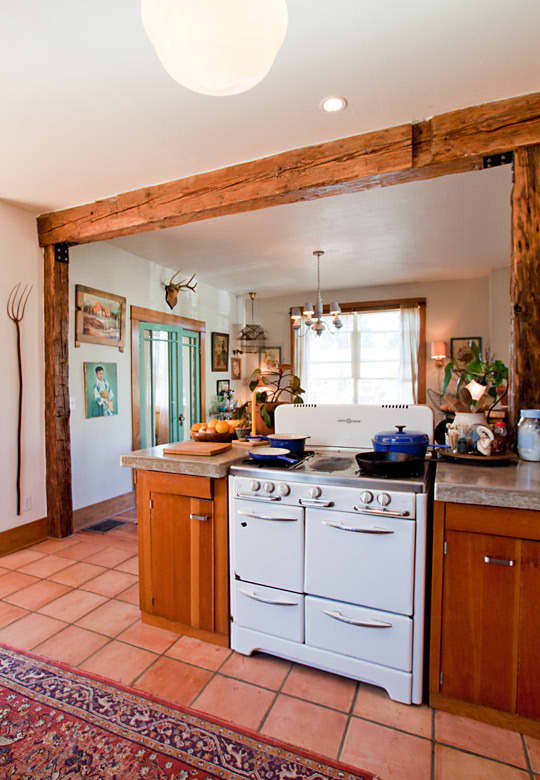 Penelope's Resourceful Kitchen Renovation: gallery image 2