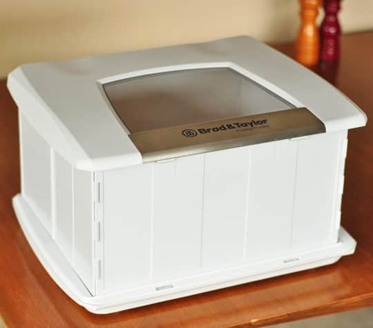 A Home Bread Proofer: The Brød & Taylor Folding Proofer Product Review: gallery image 1