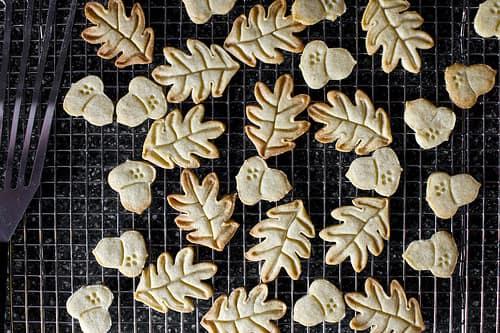 Nutmeg, Cardamom, Cloves: 10 Spiced Cookies: gallery image 8