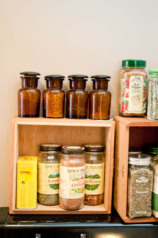 Clara's Sweet & Stylish Rental Kitchen: gallery image 8