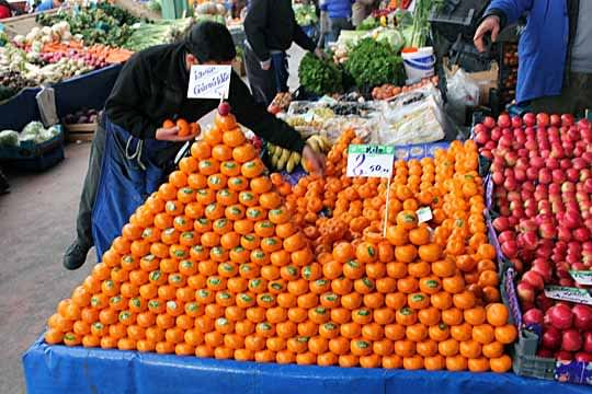 Fresh Finds: Scenes from a Turkish Produce Market: gallery image 3