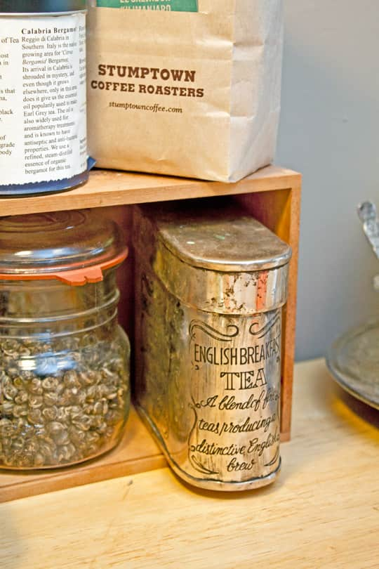 Clara's Sweet & Stylish Rental Kitchen: gallery image 3