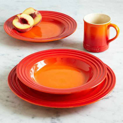 10 Sources for Colorful Dinnerware: gallery image 9