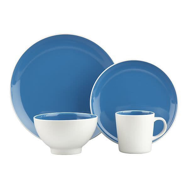 10 Sources for Colorful Dinnerware: gallery image 4