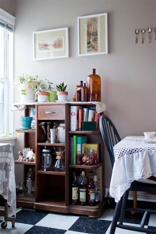 Clara's Sweet & Stylish Rental Kitchen: gallery image 15