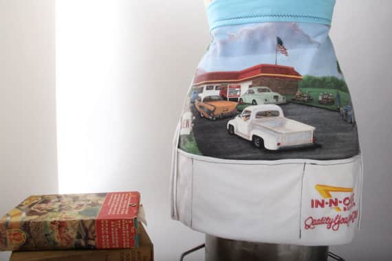 Skirt Work Crafts: T-Shirt Aprons: gallery image 3