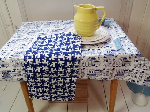 A Good Idea: Coordinating Tablecloth and Napkin Sets from Tas-Ka: gallery image 5