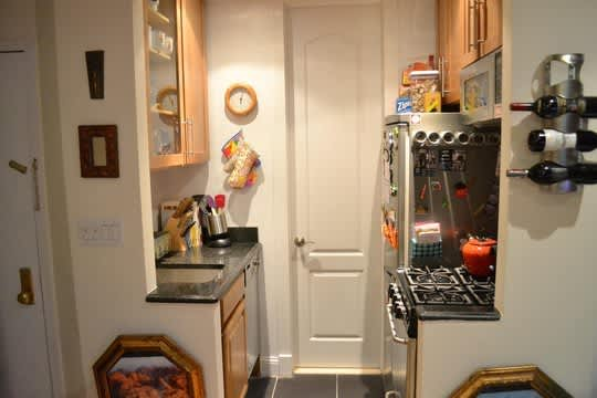 Real People, Real Kitchens: 15 Small Cool Kitchens You Won't Want to Miss: gallery image 2