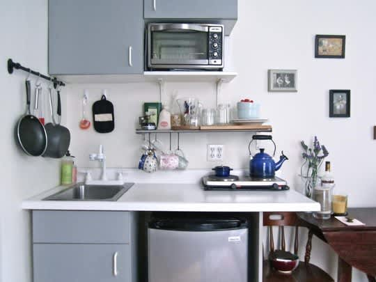 Real People, Real Kitchens: 15 Small Cool Kitchens You Won't Want to Miss: gallery image 7