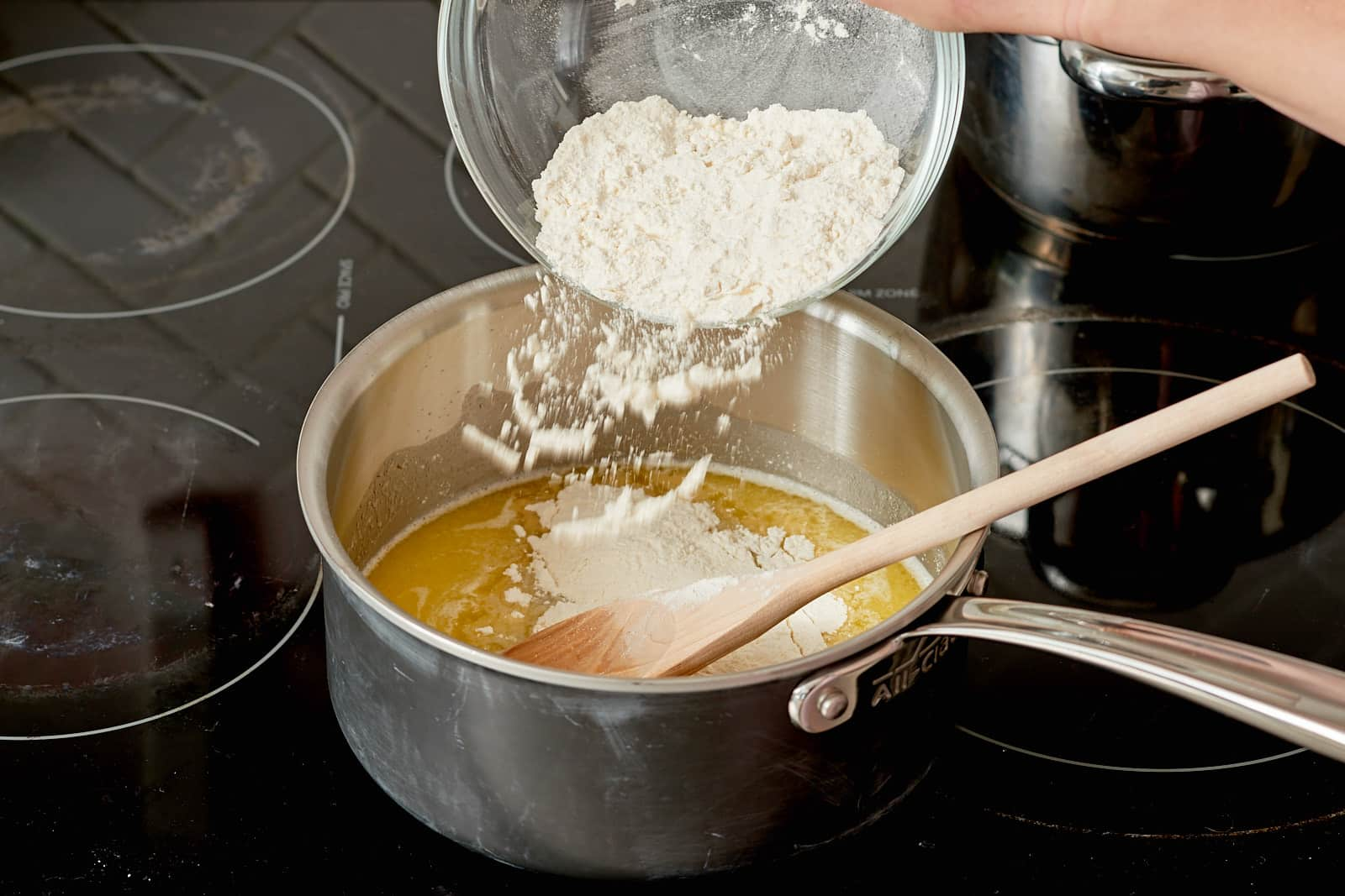How To Make Cheese Gougères: gallery image 3