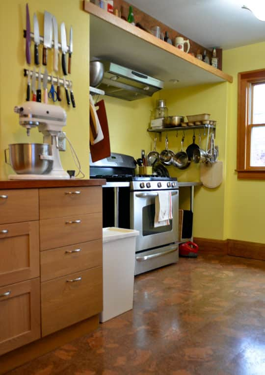 Rachel & Alex's Urban Homestead with Hounds, Chicken, & Handmade Kitchen: gallery image 9