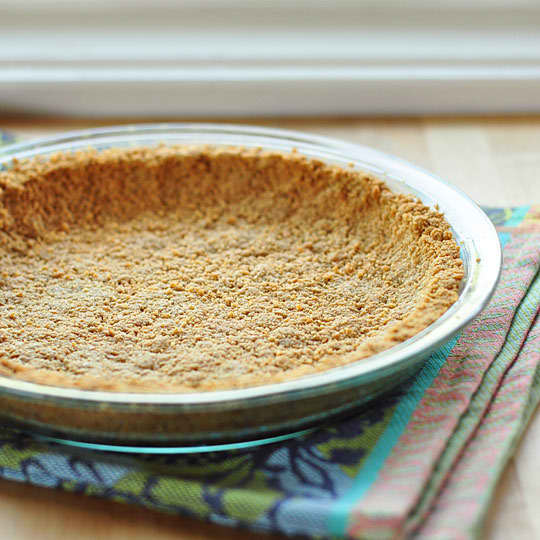 How to Make a Graham Cracker Crust: gallery image 7