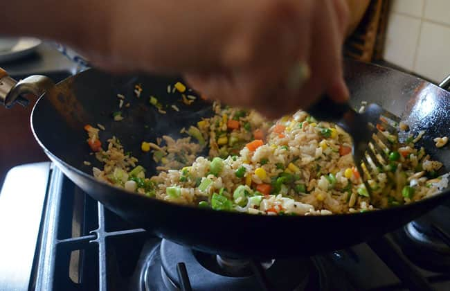 How To Make Fried Rice: gallery image 13