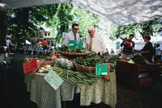 Farmer's Market Report: Portland, Oregon: gallery image 1