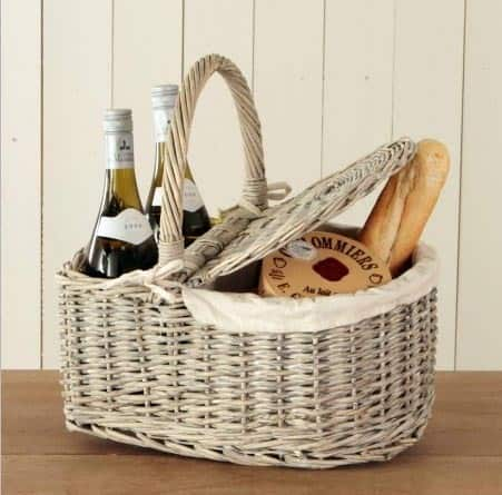 From Simple to Swanky: 10 Picnic Baskets for the Summer: gallery image 3