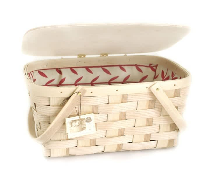 From Simple to Swanky: 10 Picnic Baskets for the Summer: gallery image 1