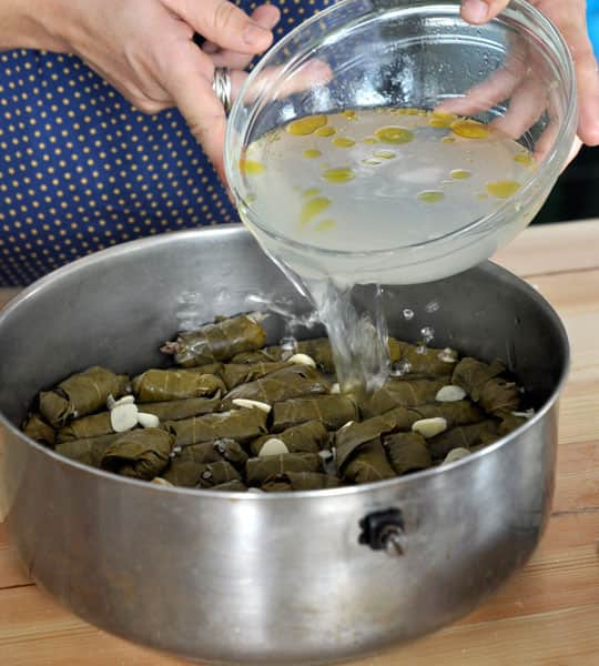 How To Make Stuffed Grape Leaves (Dolmades): gallery image 11