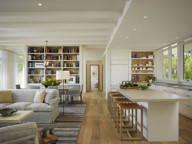 10 Kitchens Without Upper Cabinets: gallery image 10