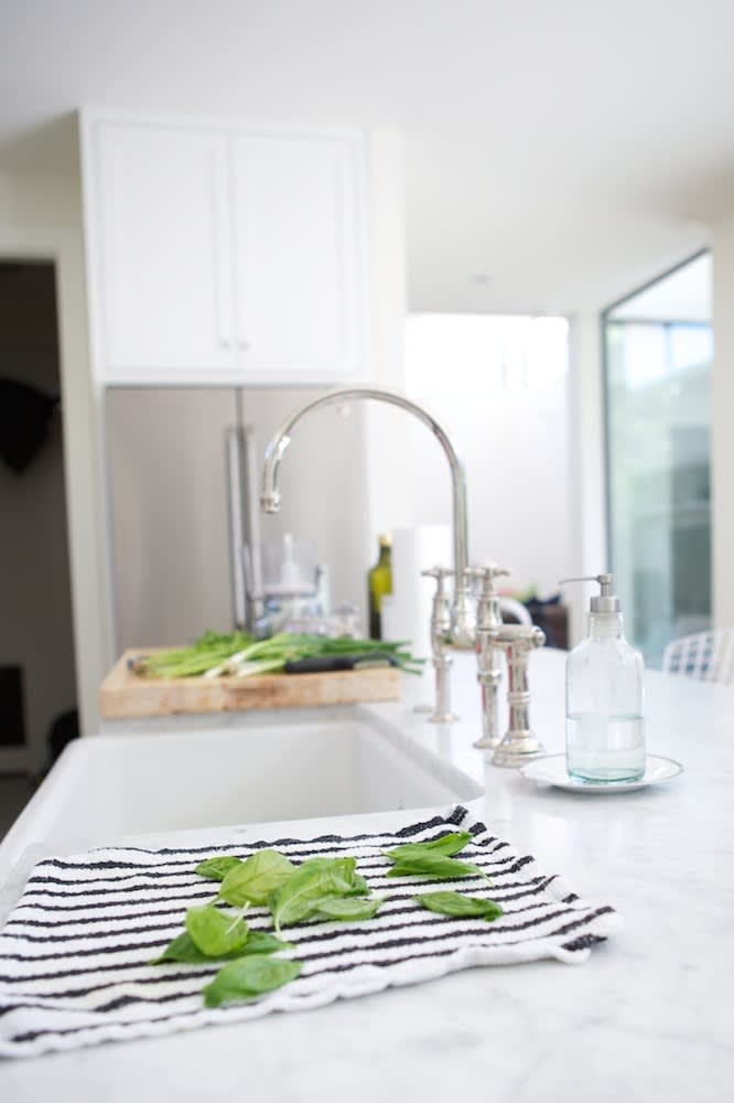 Jeanine & Jack's Zesty White Kitchen: gallery image 25