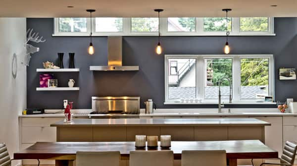 10 Kitchens Without Upper Cabinets: gallery image 3
