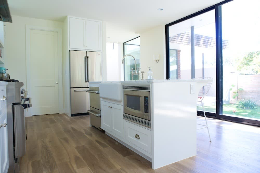 Jeanine & Jack's Zesty White Kitchen: gallery image 14
