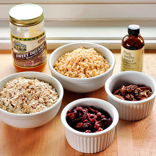 How To Make Granola Bars at Home: gallery image 2