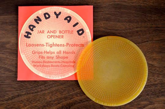 Get a Grip: Handyaid Jar and Bottle Opener: gallery image 1