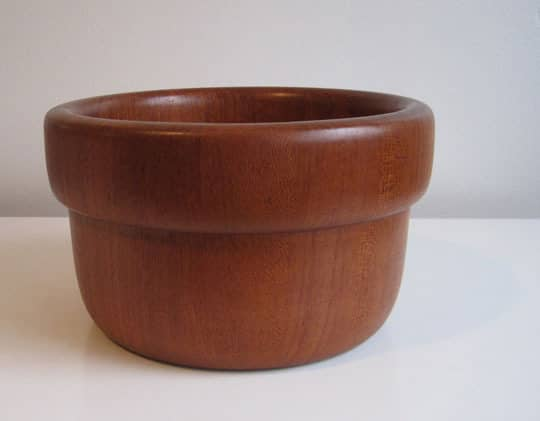 4 Cool Acorn-Themed Bowls For Fall: gallery image 1
