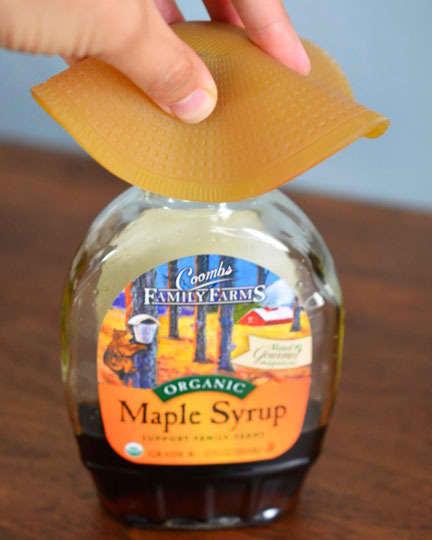 Get a Grip: Handyaid Jar and Bottle Opener: gallery image 4
