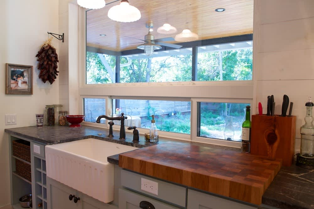Glenn and Paula's Farmhouse Kitchen: gallery image 5