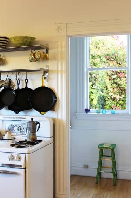 Rachel & Jonathan's Warm, Cozy Kitchen: gallery image 3