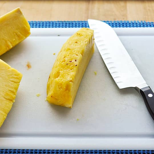 How to Cut Up a Whole Pineapple: gallery image 6
