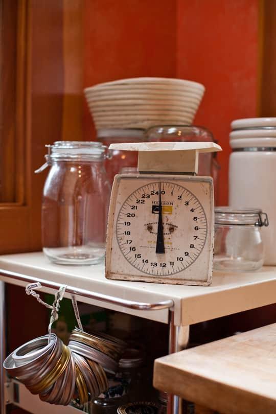 Lola's Homemade Orange Kitchen: gallery image 23