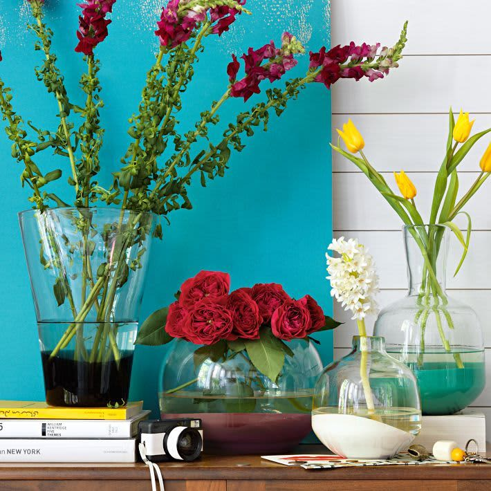 Flowers in the Kitchen: 10 Pretty Vases: gallery image 5