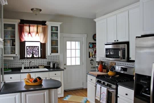 Sarah's Classy Grand Rapids Kitchen: gallery image 4