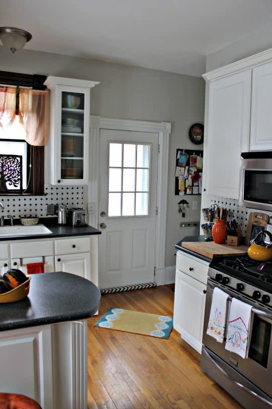 Sarah's Classy Grand Rapids Kitchen: gallery image 3