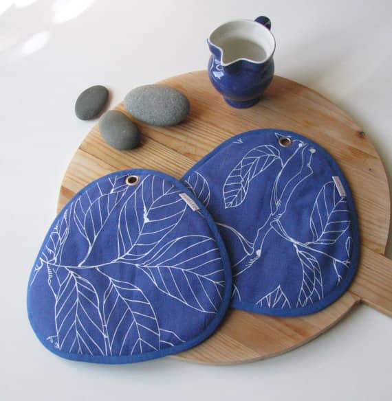 Red Stitch: Super Cute Handmade Potholders from Holland: gallery image 5