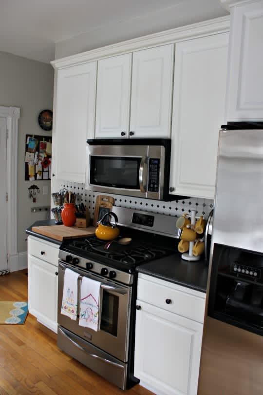 Sarah's Classy Grand Rapids Kitchen: gallery image 5