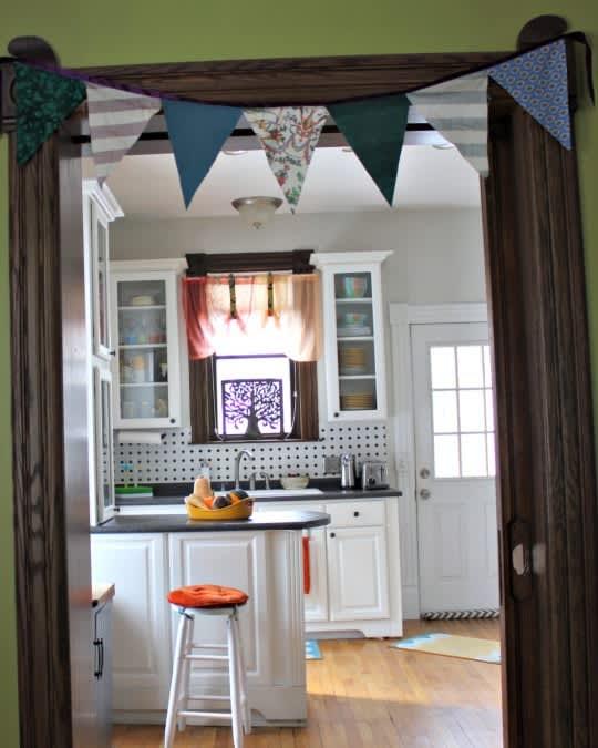 Sarah's Classy Grand Rapids Kitchen: gallery image 1