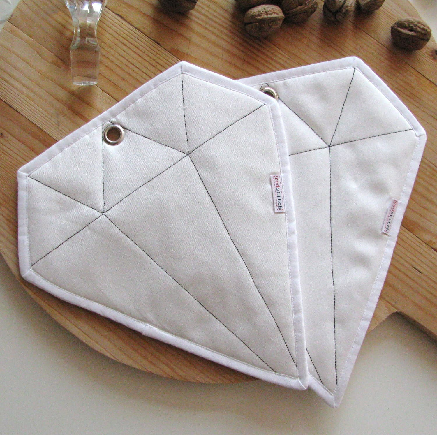Red Stitch: Super Cute Handmade Potholders from Holland: gallery image 2