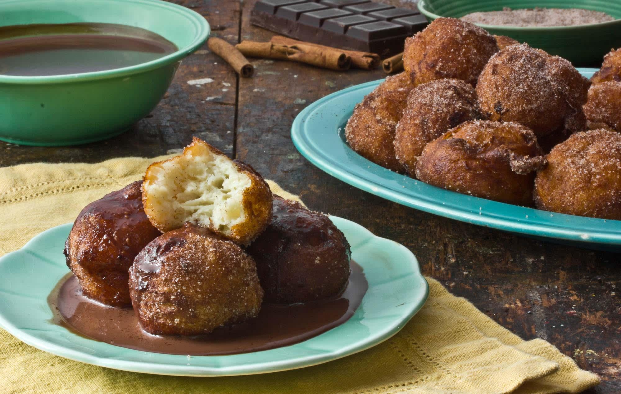 Dessert Recipe: Churros and Chocolate