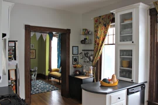 Sarah's Classy Grand Rapids Kitchen: gallery image 2